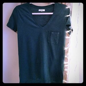 Madewell t-shirt with pocket in hunter green.